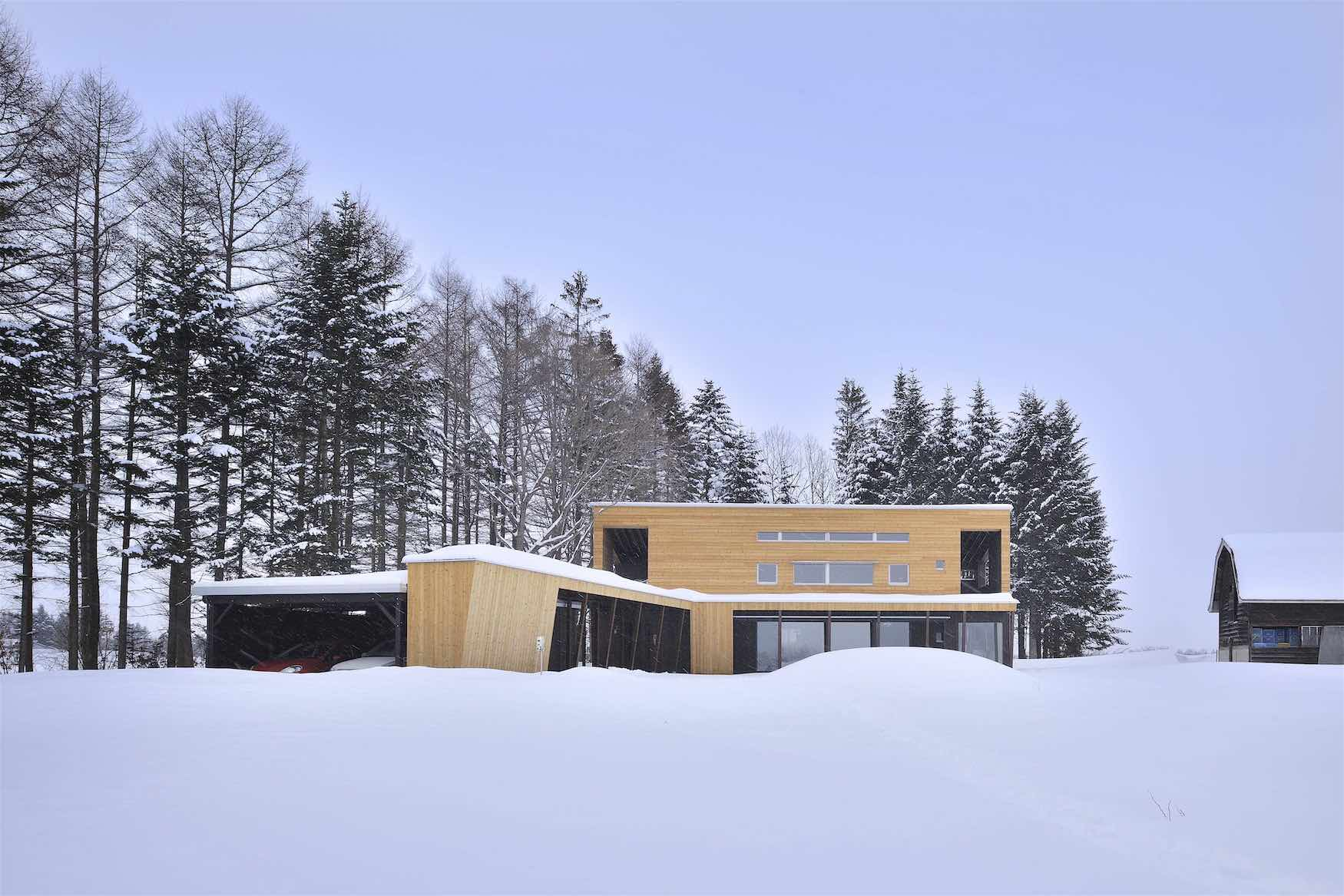 丘の家/冬の外観【照井康穂建築設計事務所】